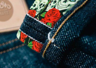 Teschi + Rose fondo Nero
